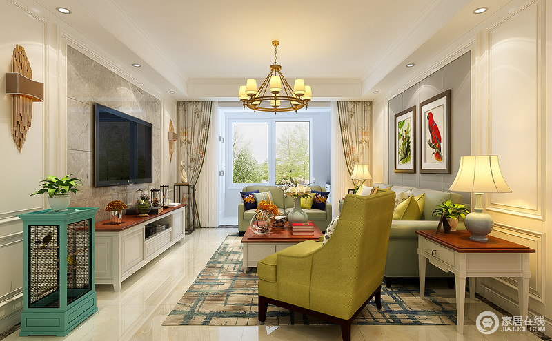 房子装修以淡黄色为主,简约时尚,整体上看上去非常的简洁高端;砖色地板上铺了一层绿色的竹叶地毯,跟窗帘形成呼应,和墙面上的挂画也相连,花鸟图非常的富有生趣。