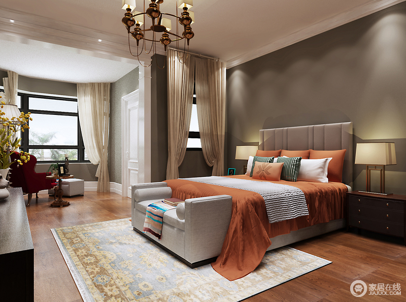 卧室根据结构进行合理地规划重组,休息区与不规则的阳台区以不同的色调和艺术气氛,让整个空间变奏出生活的沉稳和多趣;咖色漆背景墙因为橙色床品跳动着色彩明丽,让灰色沙发与美式现代边柜实用而陈雅;红色扶手椅及古典范儿的美式木几造就了生活的惬意感,并在轻盈地纱幔衬托中,让你在安适中好好生活。