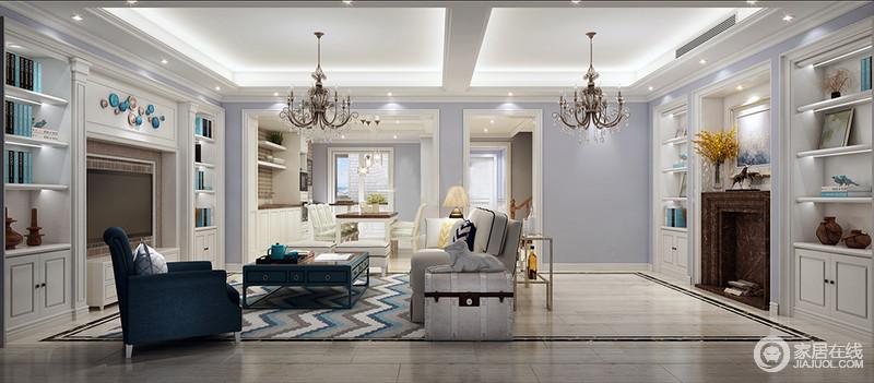 """客厅以紫色粉刷墙面,通过白色收纳柜嵌入墙体而营造出对称美学和实用之雅,可谓""""一举多得"""";也正是因为功能化的设计让空间显得十分规整大气,褐色壁炉的美式风情更显情调;现代美式家具以驼色与蓝色为主,组合出美式时尚。"""