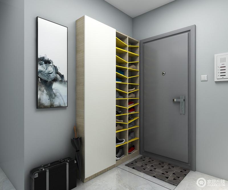 超薄鞋柜尺寸可适用于大部分门侧方墙面,可收纳随身鞋14双,并有多种宽度尺寸可供选择。