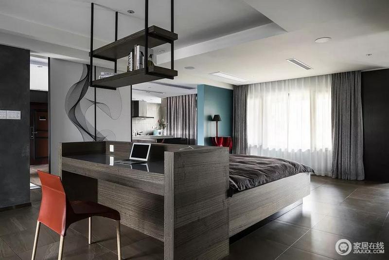 客厅与卧室运用无边际无界限的概念,空间里的外与内、开放与隐蔽仅在一墙之隔,提供给欣欣一个宁静而无边际的空间之美。