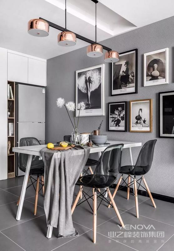 艺术时尚挂画搭配清灰色幽灵椅,玫瑰金吊灯太美了!