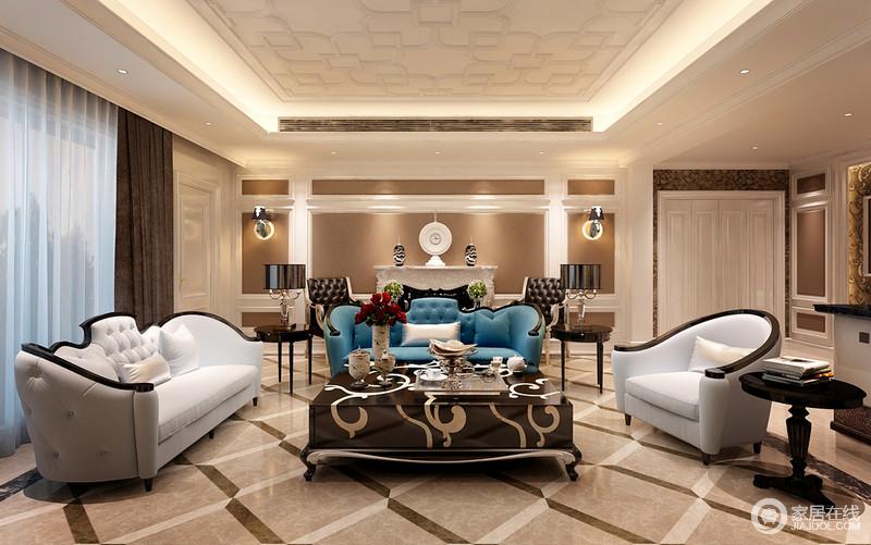 客厅精致的浅色金箔,高贵美丽的水晶灯与矩形的吊顶因为灯带的装饰,更加强调了几何之美,灰色地砖的菱形设计让空间动静有别;新古典家具的优雅和精致,足以凸显华贵;再加上马头壁灯与白色古典边柜的装饰,突出了空间的奢华。
