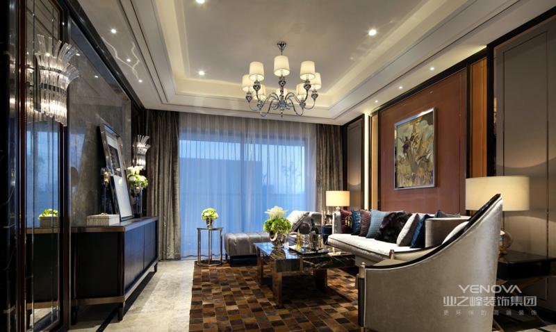 多使用柔和明快的色彩并注重和环境的融合,与自然的协调,材料也多使用自然材质。注重室内采光,室内厨房和壁炉是比较重要的位置。注重休闲、舒适感。