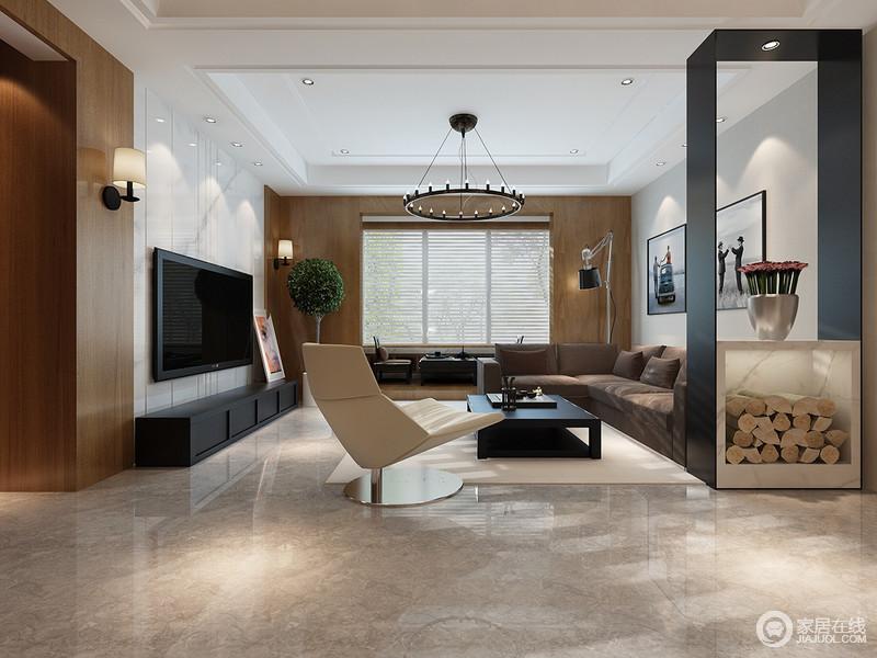 客厅白色石材与原木色的巧妙搭配,让空间干净之余,多了自然的朴素;门厅巧妙地通过黑色隔断,将陈列之美释放在室内,并简单区分空间,而沙发、单椅与茶几构成空间的语言,让人落在在茶台处晒太阳,欣慰地生活。