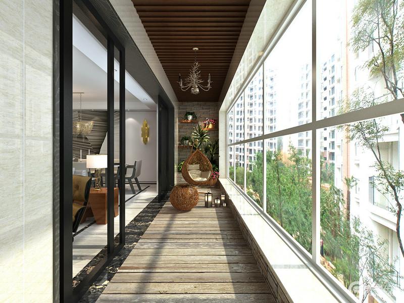 阳台打破思维限定,将上下吊顶统一运用木条装饰,踏实和自然感被设计出来;黑白窗户丝毫没有减弱光线的引入,悬挂架上的绿植将绿意丛生,更显出藤制吊椅俏皮,生活愈加快意。