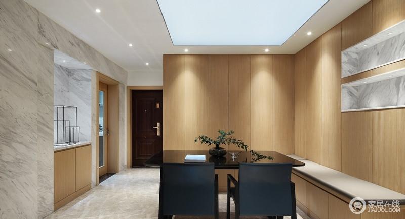 屋内采用大面积木饰面,除了考虑到颜色的搭配外,更使空间简单而美观,同时,也会让空间在木质的原始肌理中,搭配石材,雕琢生活的天然之韵。
