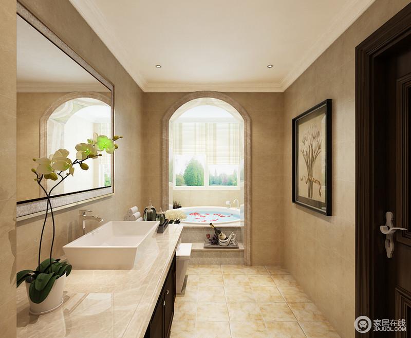 卫生间在简洁利落的线条上,将白色吊顶与铺贴了深驼色的墙面、米色晕染感的地砖搭配出了空间层次,在和暖的基础上,构成大气;拱形的大理石门框将干湿区了分隔,并以结构美学,赋予空间建筑底蕴;直楞的盥洗台与镜饰以流畅的设计,让每日盥洗也是舒心的。