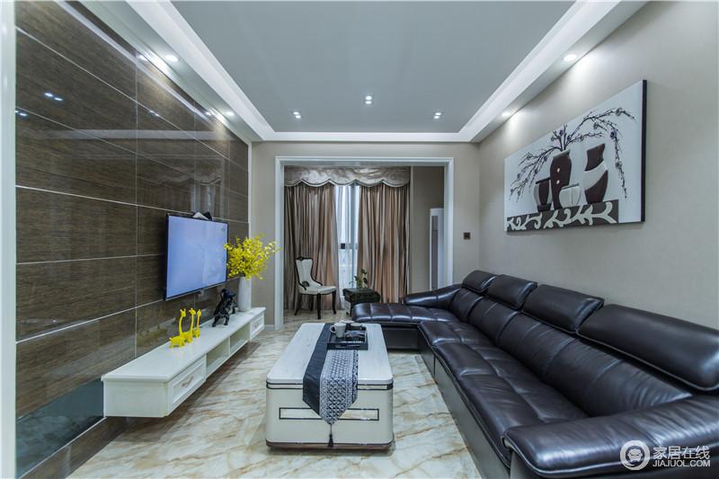 """现代简约风格不是简单的""""堆砌""""和平淡的""""摆放"""",注重的是家具软装与整体空间色调的和谐。"""