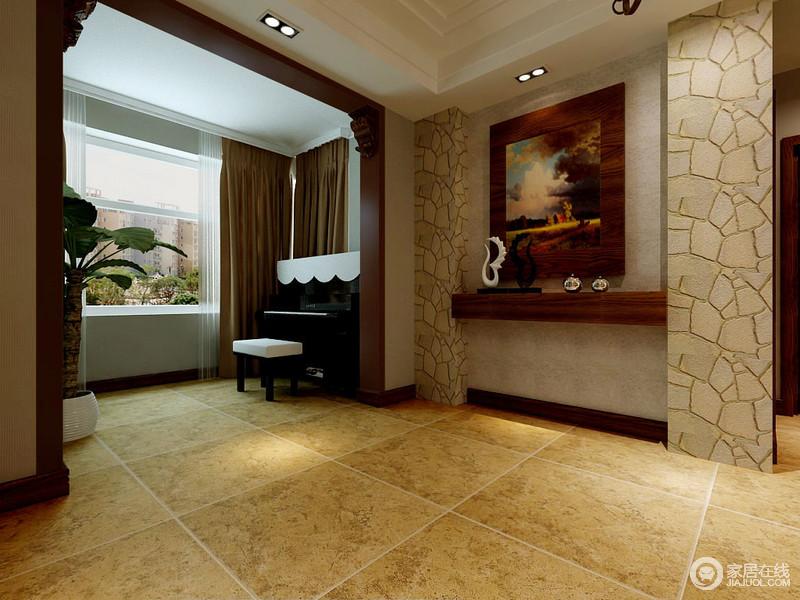 中式风格的简朴在走廊之中弥漫开来,流露一种原始的自然美感;巧妙地将钢琴室置于此处,不仅锦上添花,还可让曼妙地琴声成为空间中的音符。