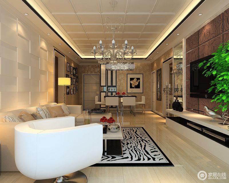 客厅的结构方正利落,几何集成吊顶因为黑色角线和灯带的嵌入式设计,增加了空间的几何立体;而现代中性色调的沙发因为半圆形沙发转椅、斑马纹地毯的点缀,塑造了些许现代时尚。