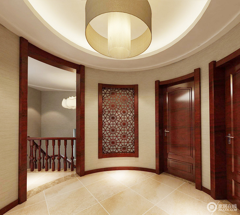 门厅半圆形的格局多了圆润感,吊顶内的圆形吊灯更是强调了中式设计张扬的圆满之意;米色漆与砖石呼应,让家足够和暖。