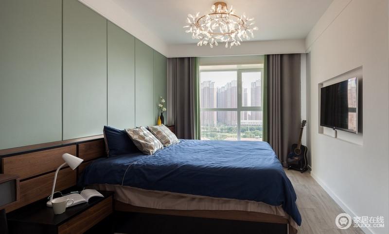 卧室的设计与舒适与否,直接影响着人们的睡眠质量和心情的好坏,所以卧室的设计尤为重要;淡绿色的北京给予空间一阵清新,足够让家焕新舒适。