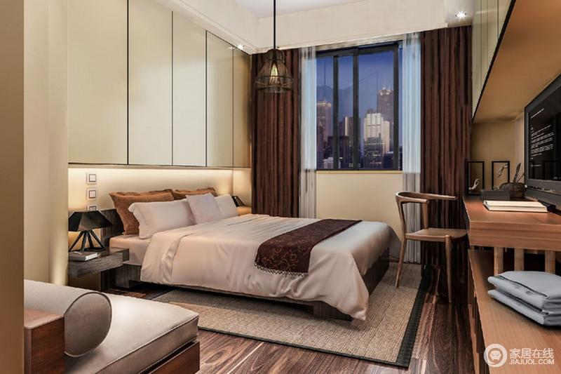 卧室以功能设计为前提,定制得衣柜充当了背景墙,解决了设计上的空洞,放大了生活的储物之趣,而整排式书桌设计,因一把新中式木椅,多了东方底蕴;浅灰色丝质床品颇为舒适,褐色窗帘、麻色地毯,平衡出中性素雅,正如新中式灰色沙发一样,内敛之中,多了份端庄。