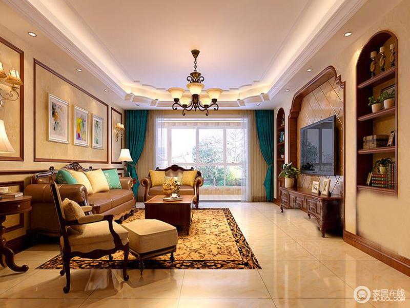 客厅角度电视墙突出表现层次,从背景墙到吊顶的结构,凸显出美式的大气。