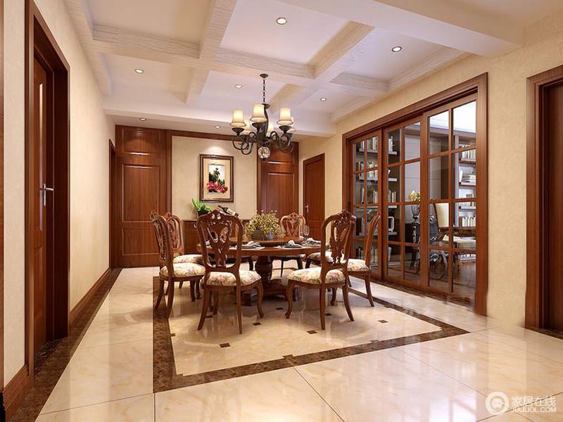 餐厅角餐桌采用圆桌,与地面的矩形砖线形成方圆和谐。