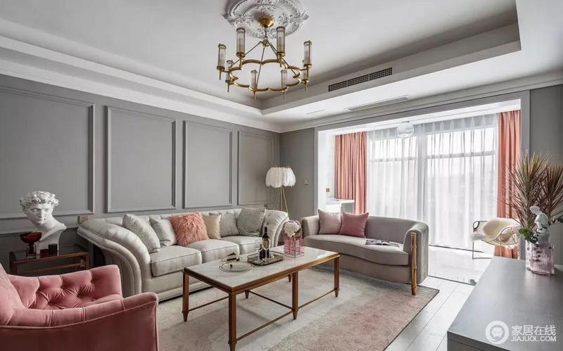 现代美式沙发从造型、材质和色彩都优雅迷人,十分上乘,搭配细脚的茶几,精致清新。