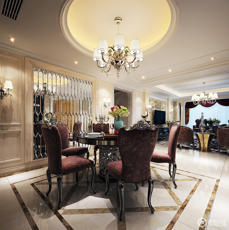 餐厅用于选用紫色雕花靠背椅,呼应着客厅的沙发组,形成空间上的整体感;圆形的黑色餐桌,桌腿镂空雕花显得异常精美;桌上烛台与碧青色花瓶,折射在背景墙镜子里,倒影出多层次的清丽浪漫。