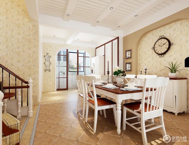 餐厨空间通过推拉门分离设计,并因拱形结构凸显空间之美,土黄色仿旧砖与米色墙构成美式和暖,再加上微拱形设计,更显别致;白色美式餐桌餐椅搭配边柜,让空间和谐而实用,给予生活不一样的温实。