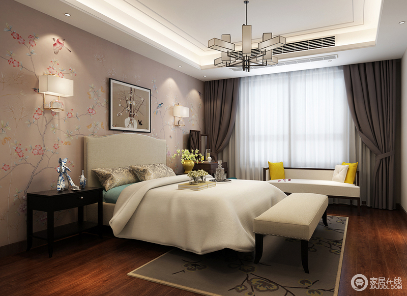 卧室轻柔的淡粉色上描绘着迤逦的花鸟,与装饰的画作、黄色花瓶里的花枝,层层叠叠中彰显出梦幻浪漫的层次;白色的双人床素雅简约,一抹天蓝色与双人沙发上的明黄,透着清新活力。