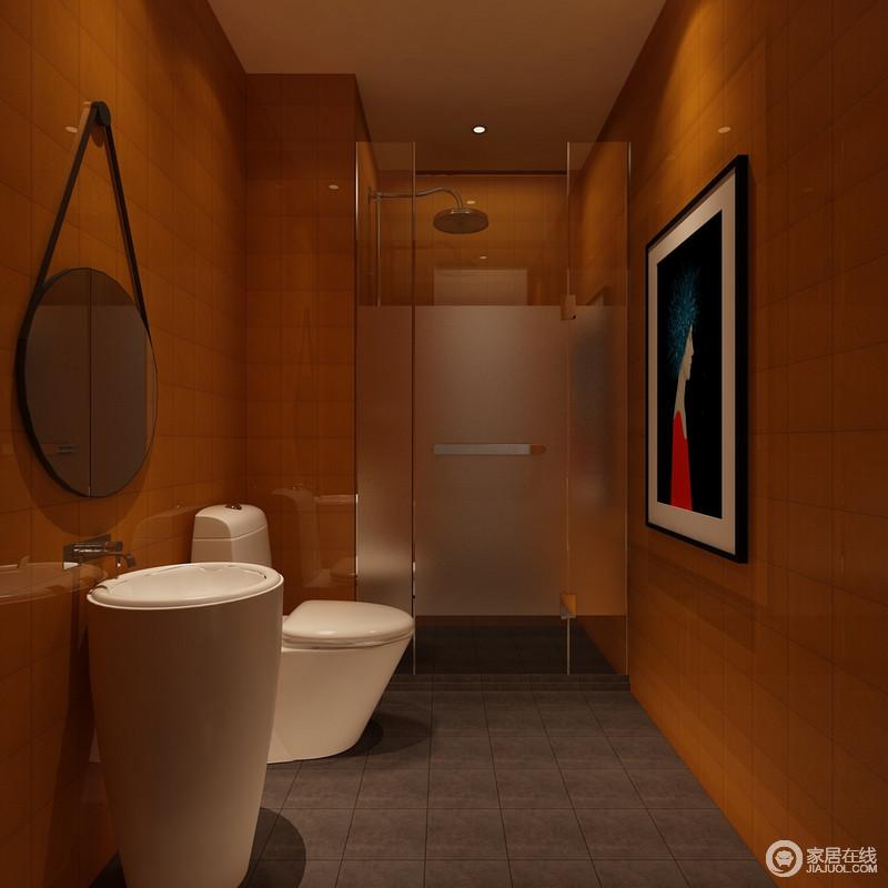 卫浴间红褐色的墙体立面在微光的营造中复古,黑色为底的女子艺术画将柔情和妩媚缓缓点缀,与造型个性的悬挂镜子和圆形盥洗台,塑造着独具一格的时光。