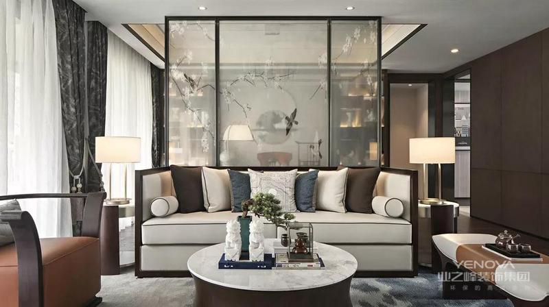 新中式+轻奢,古典风格与现代元素的激情碰撞,衍生出了无数格调高雅、简约大气的新中式空间。