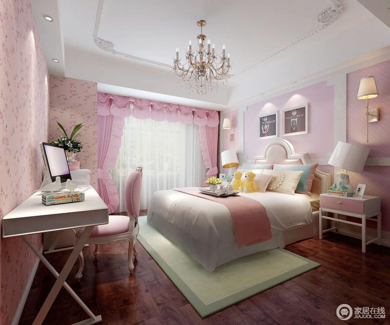 儿童房以粉色为主基调,搭配软装配饰,营造了甜美的公主风;床头背景墙以石膏板作造型,搭配壁式台灯和挂画,让空间显得更为和谐,青色地毯带来些许清新,却与整体家具组合,让空间弥漫着青春的味道。