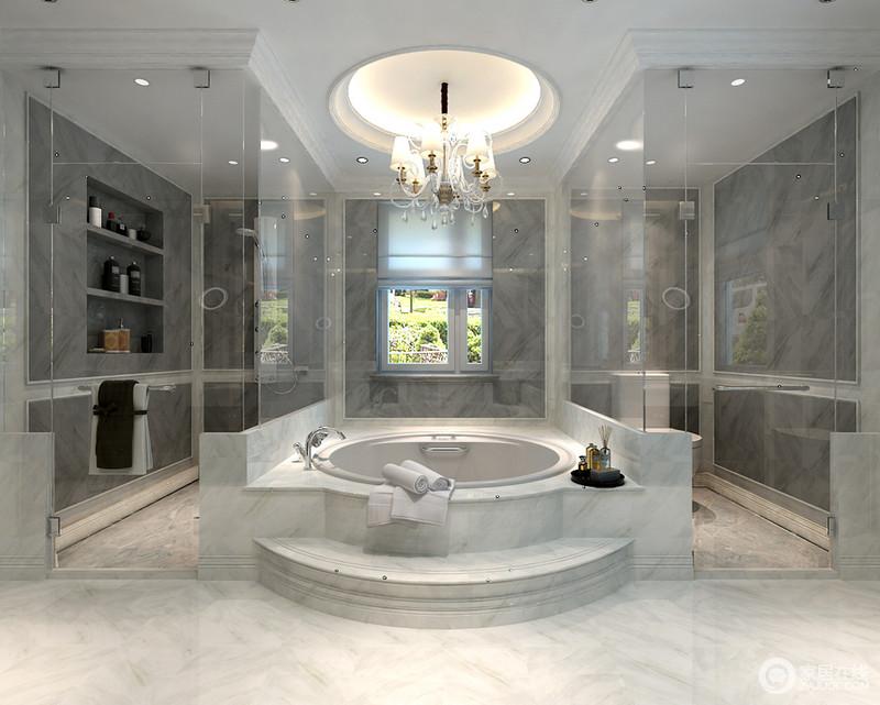 卫生间的简欧石膏吊顶简单划分了空间的功能,淋浴区、浴缸区和日常生活区,分区明确,独立使用;深灰色的墙面与白灰色地砖构建空间层次,设计师利用墙面做成了收纳区,解决了收纳之余,没有破坏空间的规整。