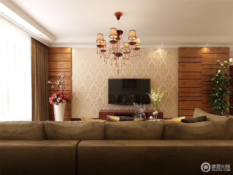 客厅十分规整,原木板的背景墙搭配浮雕菱形壁纸,渲染出了自然朴质和复古之美;简欧风的吊灯搭配布艺沙发和实木家具,更为稳重,让生活也满是舒适。
