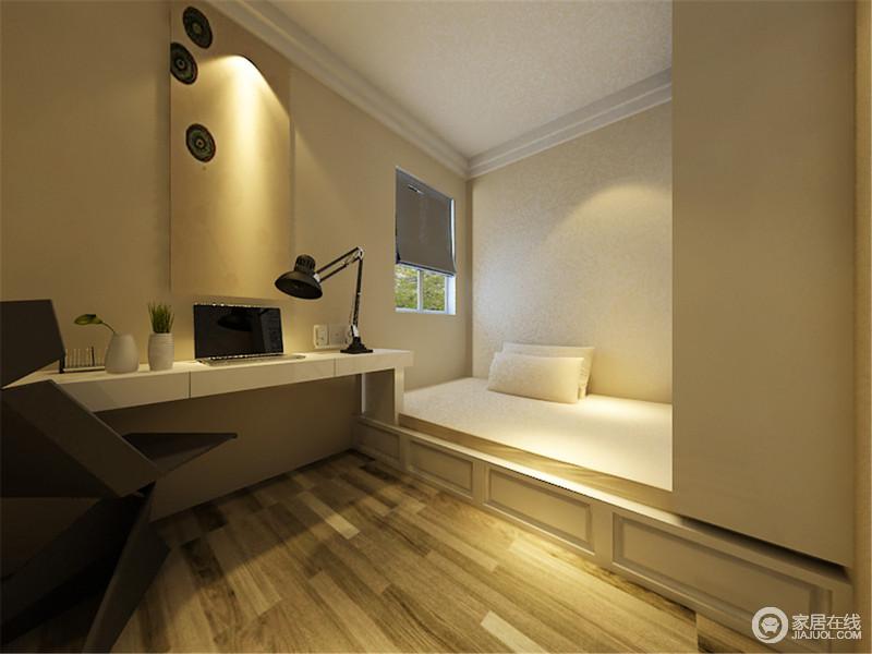 卧室以原木地板铺贴地面,造就自然朴质,书桌也以白色为主,平衡空间的用色,正如榻榻米一样,看似简单,却充满收纳智慧,给主人更多的功能。