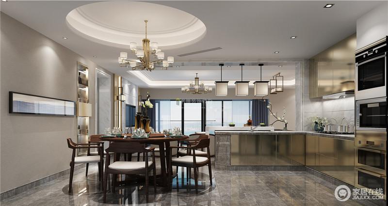 开放式的设计,让空间不再受空间的局限,因为动线的设计,让两个空间既有联系,又互相区分;新中式实木家具的新颖与造型别致的灯具组合,带来了不少新的时尚。