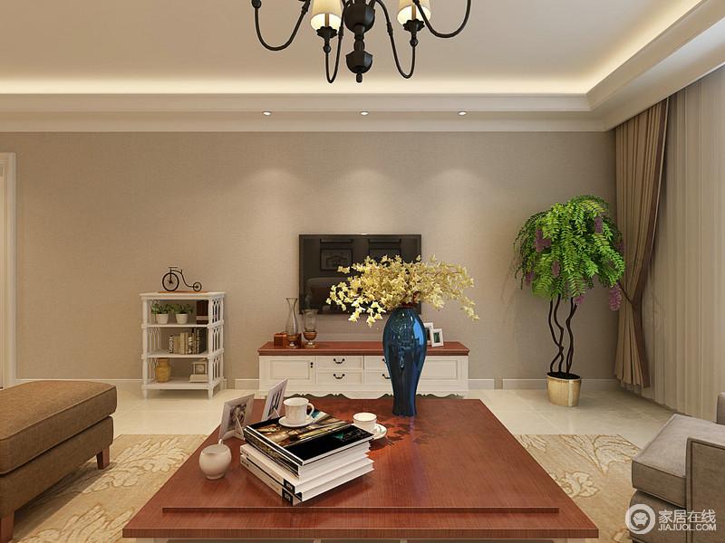 客厅驼色系的墙面与米色地砖构成空间的朴质,白色与胡桃色木材结合而成的家具给生活带来自然之味;沙发与地毯也以中性的色彩来酿造生活的温实,给生活一点暖意。