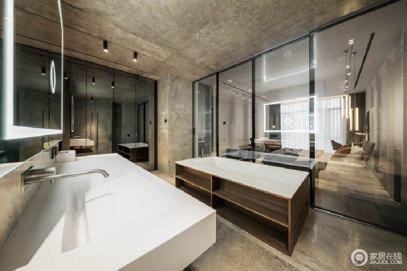 此种设计手法赋予空间有如精品酒店的高端质感,玻璃的通透让整个空间的采光更好,米色石材的铺贴让空间硬朗而规整,却张扬着原始朴质,让沐浴也更放松。